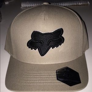 Brand new S/M flexfit hat